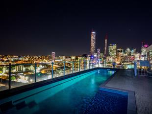 ABSOLUTELY STUNNING - South Brisbane