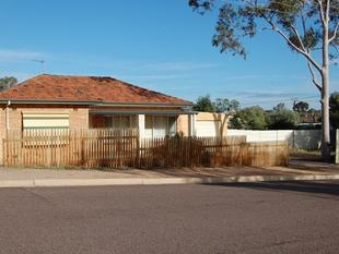 2 Bedroom Home plus Parents Retreat - Port Augusta