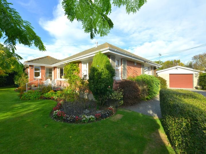 8 Wallace Street, Bryndwr, Christchurch City
