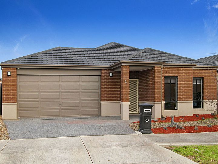51 Panton Gap, South Morang, VIC