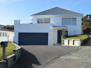 Central Tawa 4 bedrooms 2 bathrooms - Tawa