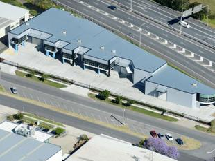 For Lease: SOUTHERN CROSS WAY EXPOSURE - BRAND NEW OFFICE/ SHOWROOM/ WAREHOUSES - Eagle Farm