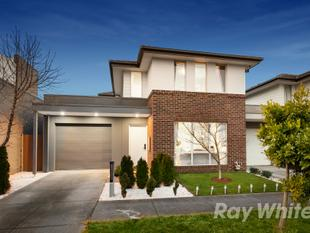 IRRESISTIBLE FAMILY LIFESTYLE IN WAVERLEY PARK ESTATE - Mulgrave