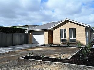 NEW NEW MODERN HOME IN MODBURY - Modbury North