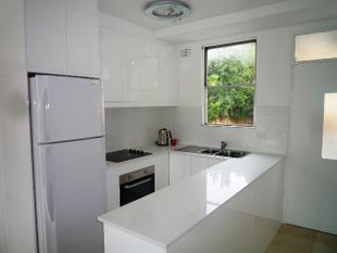 Modern, Two Bedroom, Fully Furnished Apartment - Manly