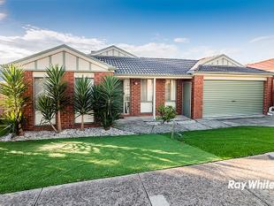 CENTRALLY LOCATED ON CENTRAL PARKWAY - Cranbourne West