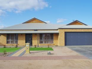 Stunning Near New - Large Family Home! - Renmark