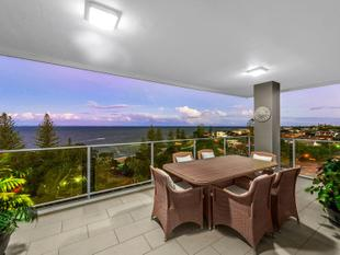 Luxurious Waterfront Sub-Penthouse Lock-Up and Leave! - Scarborough