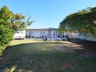 Good Sized Home on Large Block - Carnarvon