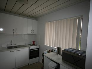 UNDER APPLICATION - Neat & Tidy One bedroom unit with garage. - Queanbeyan