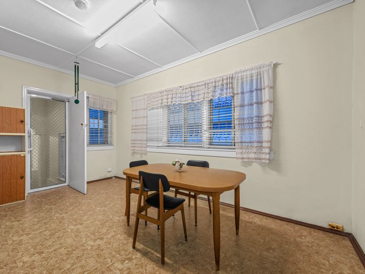 6 Thirteenth Avenue, Kedron, QLD