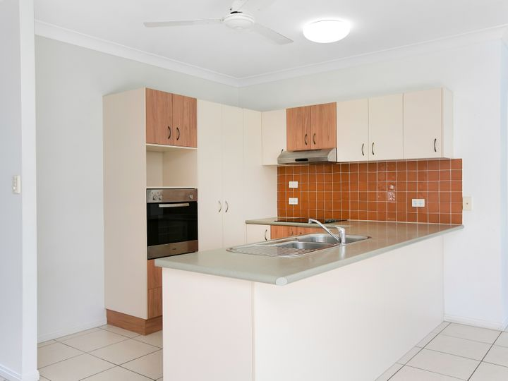 28 Charnley Avenue, Bentley Park, QLD
