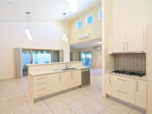 IDEAL FAMILY HOME IN HARBOUR QUAYS ESTATE! - Biggera Waters
