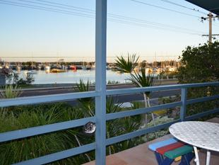 Fully Furnished 4 bedroom home opposite Marina - Yamba