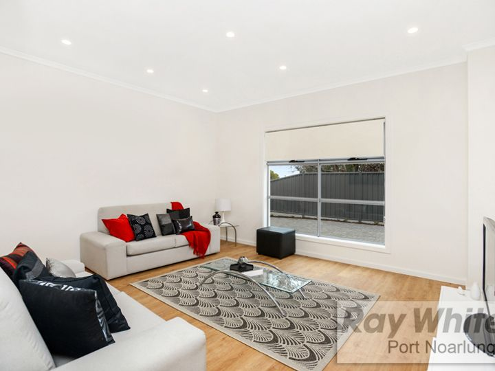 2/10 Leitch Avenue, Port Noarlunga, SA