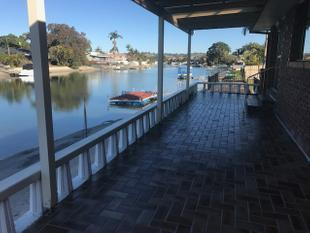 WATER FRONT DUPLEX - Tweed Heads West