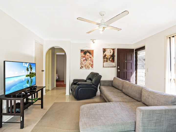 2/11 Third Avenue, Palm Beach, QLD