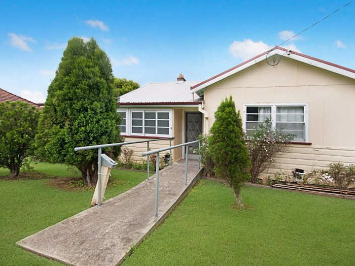 15  Moore Street, Dungog, NSW