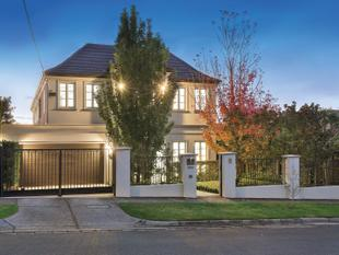 Luxurious Family Living and Entertaining - Kew