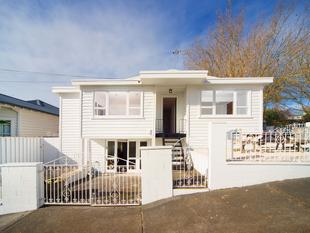 AB FAB ON FIRTH ROAD - GREY LYNN - Grey Lynn