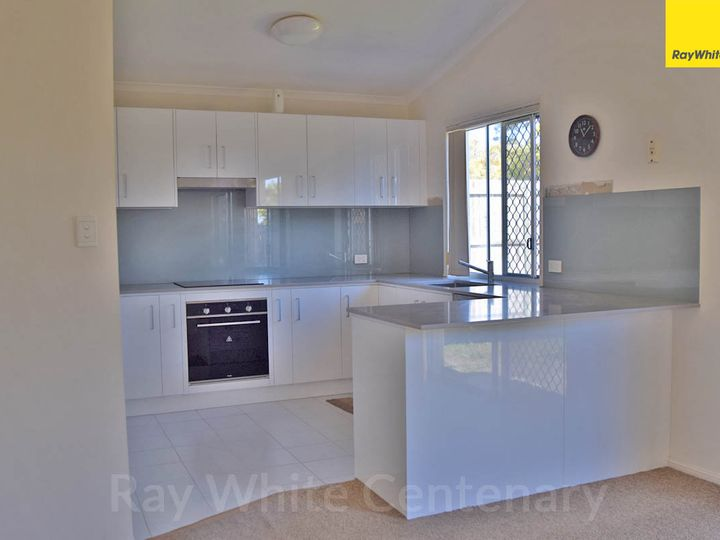 17 Chelsea Place, Forest Lake, QLD