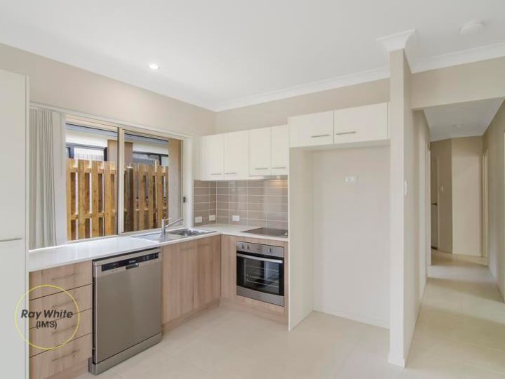 54 Synergy Drive, Coomera, QLD