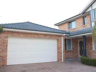 Immaculate Townhouse - Mona Vale
