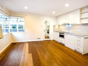 Renovated Studio Apartment In The Heart of Potts Point - Potts Point