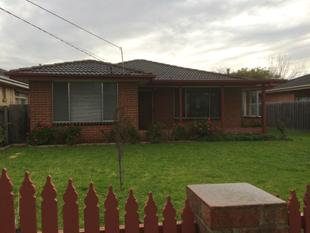Family Home - Great Location - Seaford