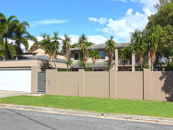 28 Yacht Street, Southport, QLD
