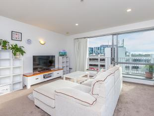 Gorgeous Two Bedroom Apartment - Auckland Central