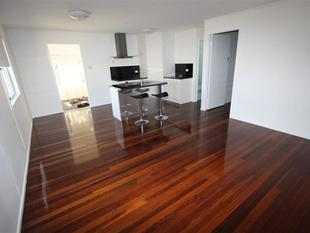 Ideal Location - Kawana