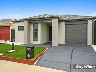 BRAND NEW Family Home in Heartlands - Tarneit