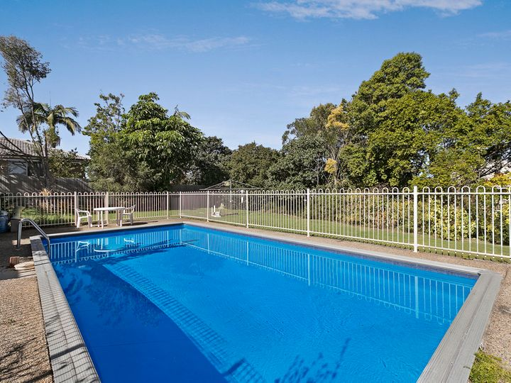 46 Sibley Road, Wynnum West, QLD