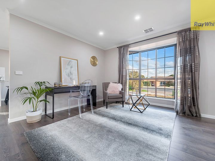 3 Nunn Close, Mill Park, VIC
