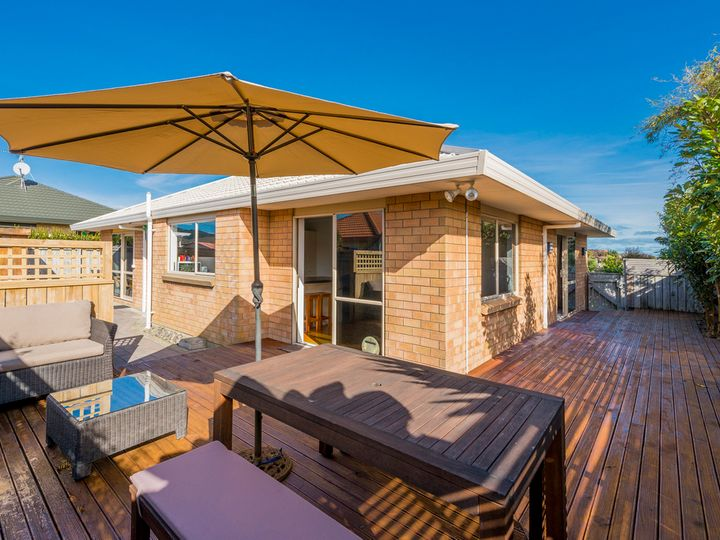 100 Cedar Drive, Paraparaumu Beach, Kapiti Coast District