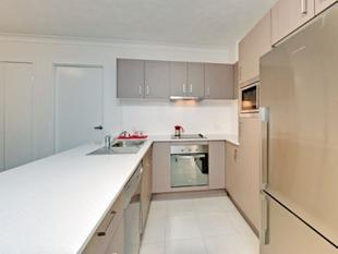 IMMACULATE UNIT IN SOUGHT AFTER LOCATION! - Coorparoo