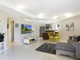 Modern Ground Floor Apartment in Great Location - Broadbeach