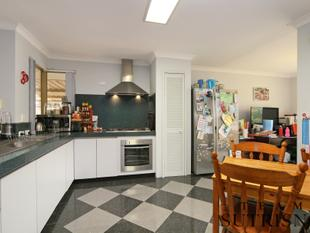 **HOT NEW PRICE! PRICED TO SELL!** THE PERFECT FAMILY HOME! - Bibra Lake