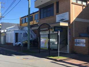 ARCADE SHOP FRONT OR OFFICE - Coolangatta