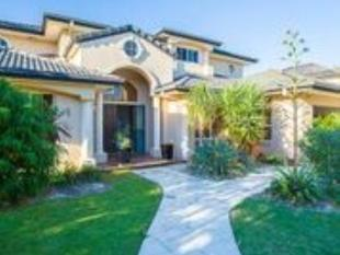 Gated Estate in Champagne Boulevard - Helensvale