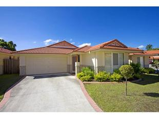 SINGLE LEVEL HOME  CONVENIENT LOCATION - Banora Point
