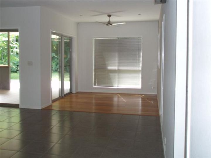 18 Pioneer Street, Bingil Bay, QLD
