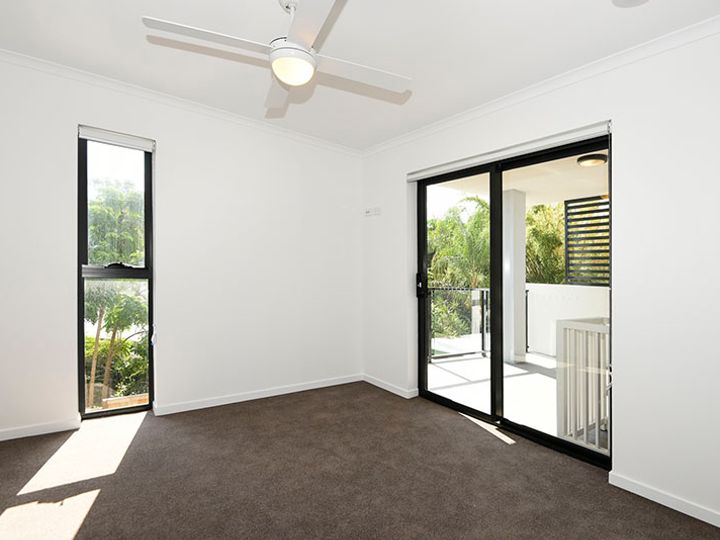 302/9-15 Regina Street, Greenslopes, QLD