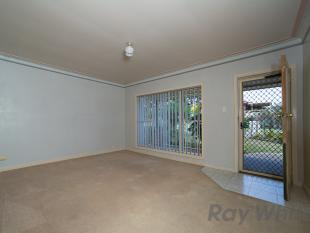 Large 2 bedroom villa! - Warabrook