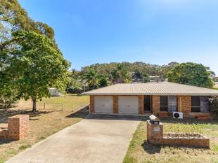 AN EXCEPTIONAL PACKAGE - South Gladstone
