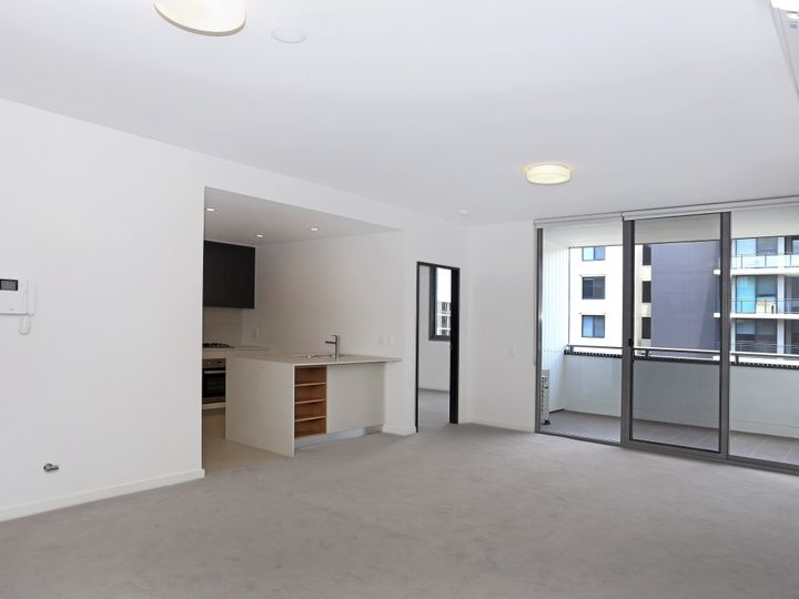 6** / 9 Baywater Drive, Wentworth Point, NSW