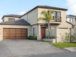 SPACIOUS EXECUTIVE HOME - Mount Maunganui