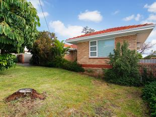 OLDER STYLE HOME IN GREAT LOCATION - Osborne Park
