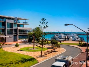 Marina living on a budget. - Geraldton